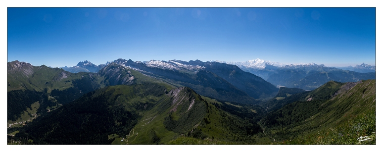 Rando_Morzine_pointe_Angolon_panoramique